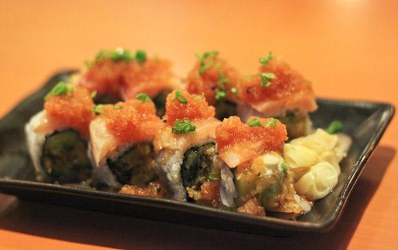 Kiwi Roll at Take Sushi